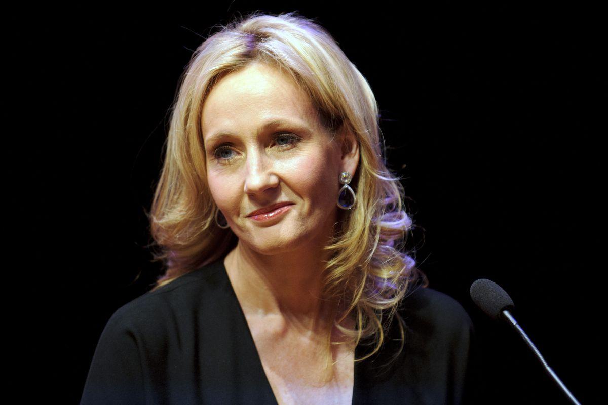 J-K-Rowling-transfobica-twitter