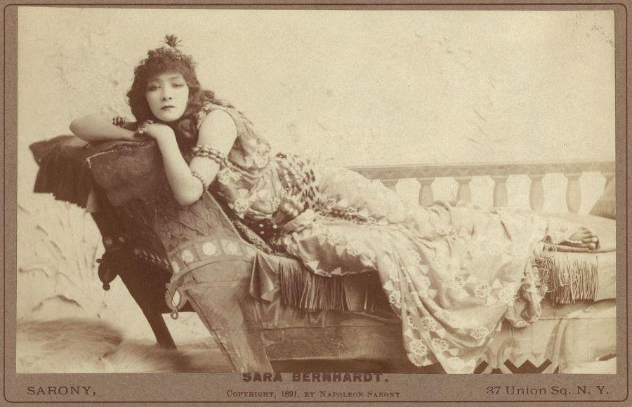 sarah-bernhardt-cleopatra