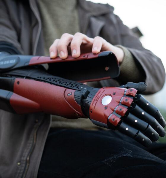Metal Gear Solid bionic arm