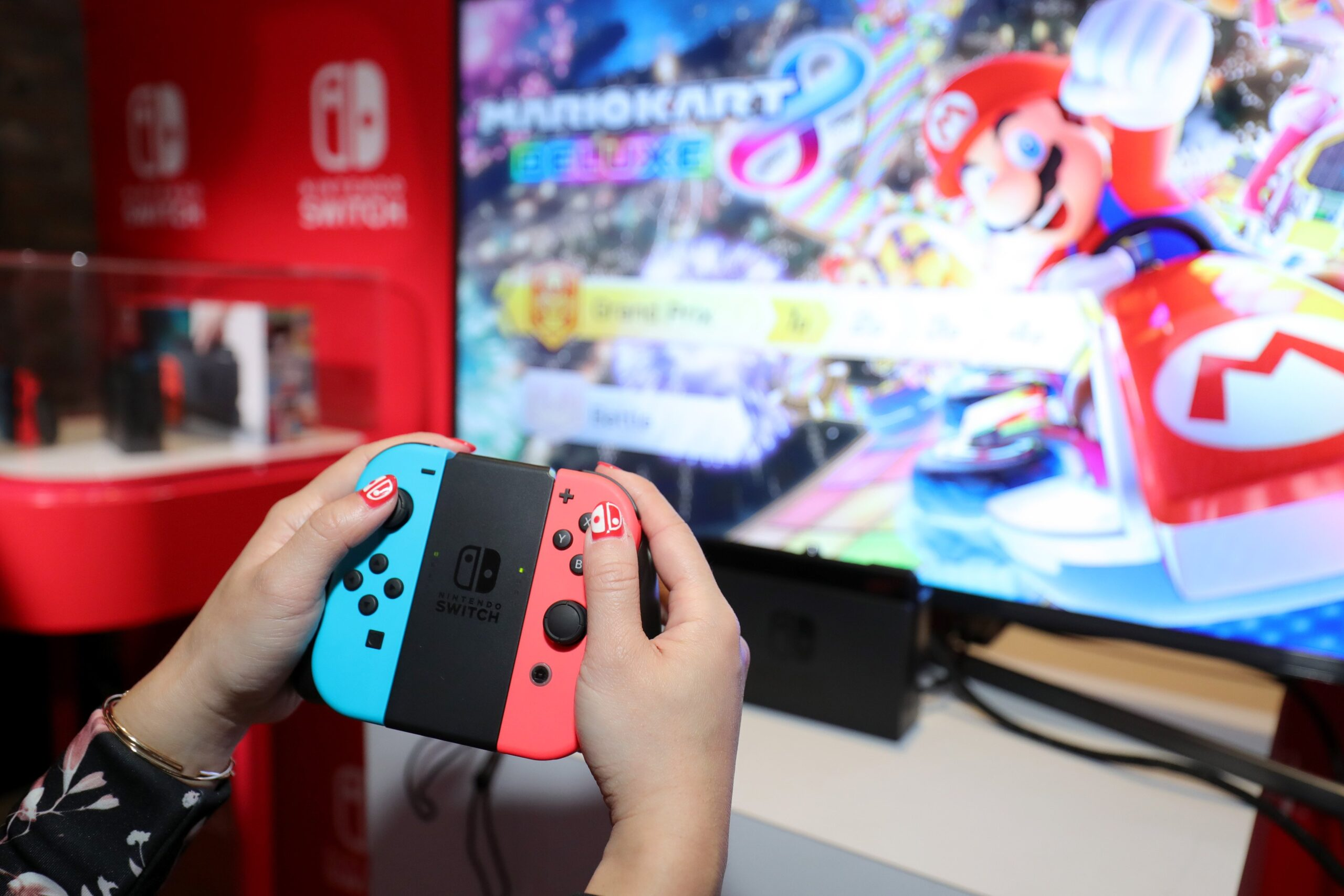 Nintendo Switch domina ancora in Giappone