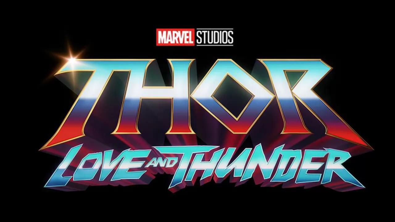 Thor Love and Thunder sarà un film folle, lo dice il regista